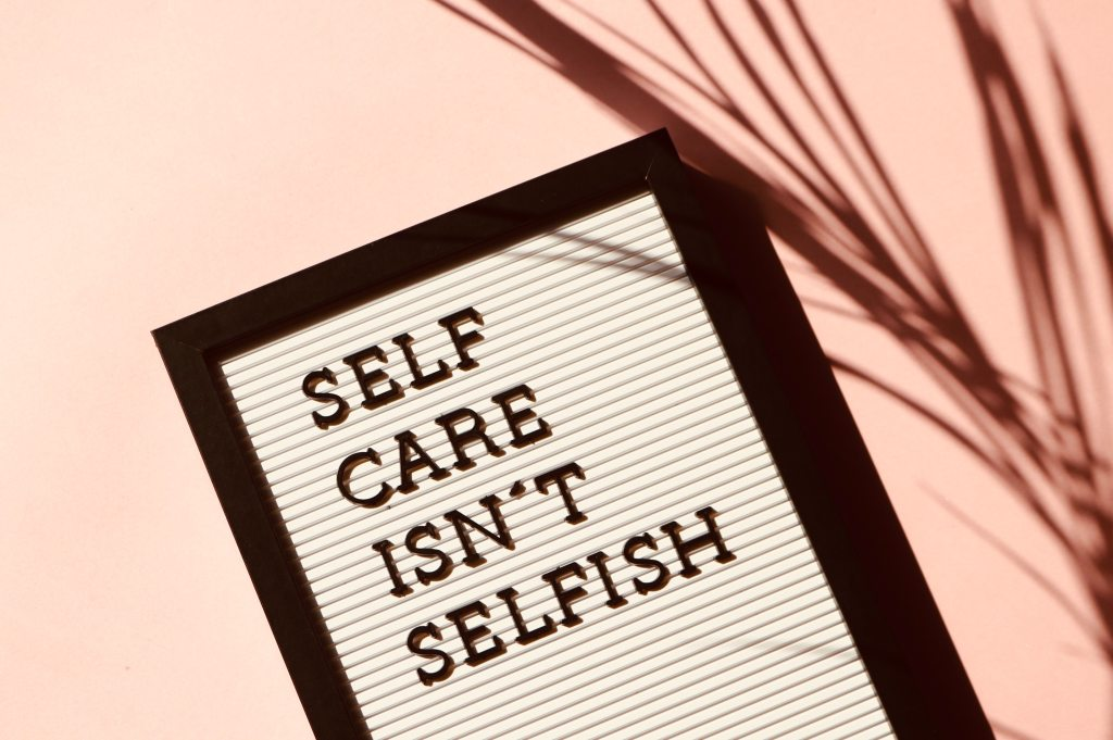 alchemy by amy uk self care isn't selfish learn to put yourself first look after yourself priority is you mental health physical health relax funny happy diet mind body soul care
