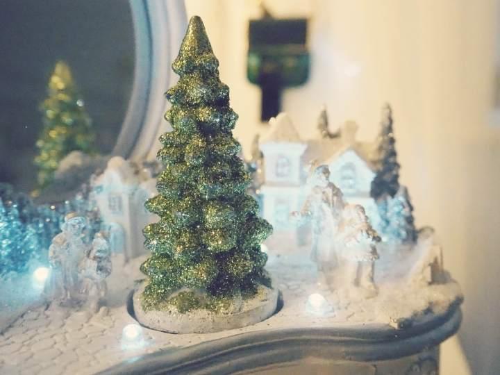 Swish My Swag QVC christmas home reflections christmas scene