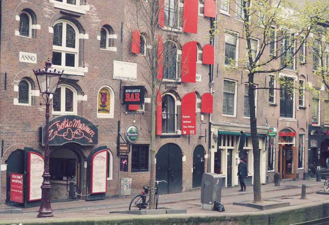 alchemy by amy uk 5 things you need to know about amsterdam before you visit