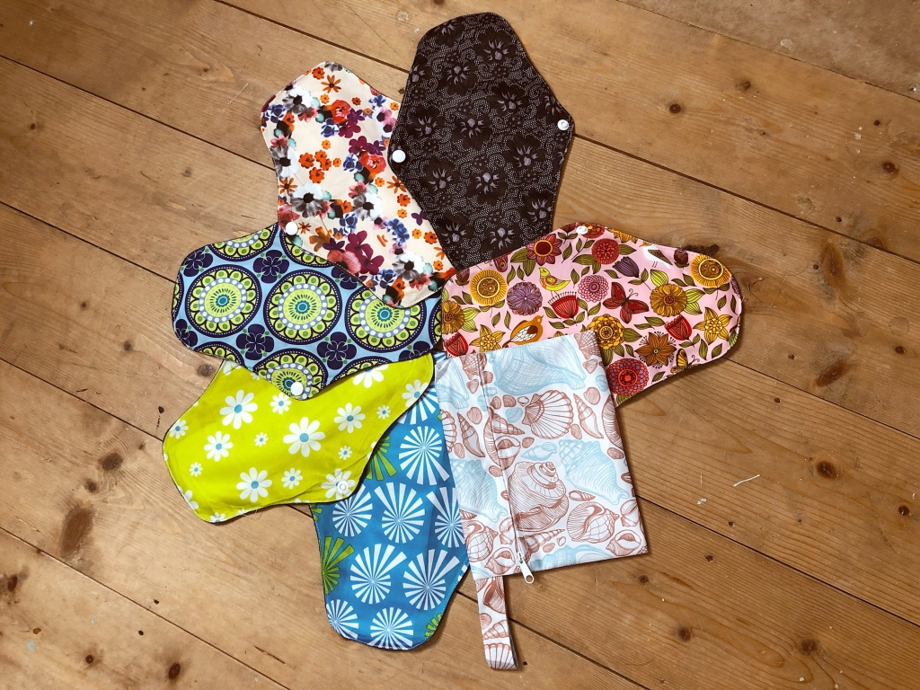 alchemy by amy uk eco friendly non toxic clean reusable sanitary pads towels review